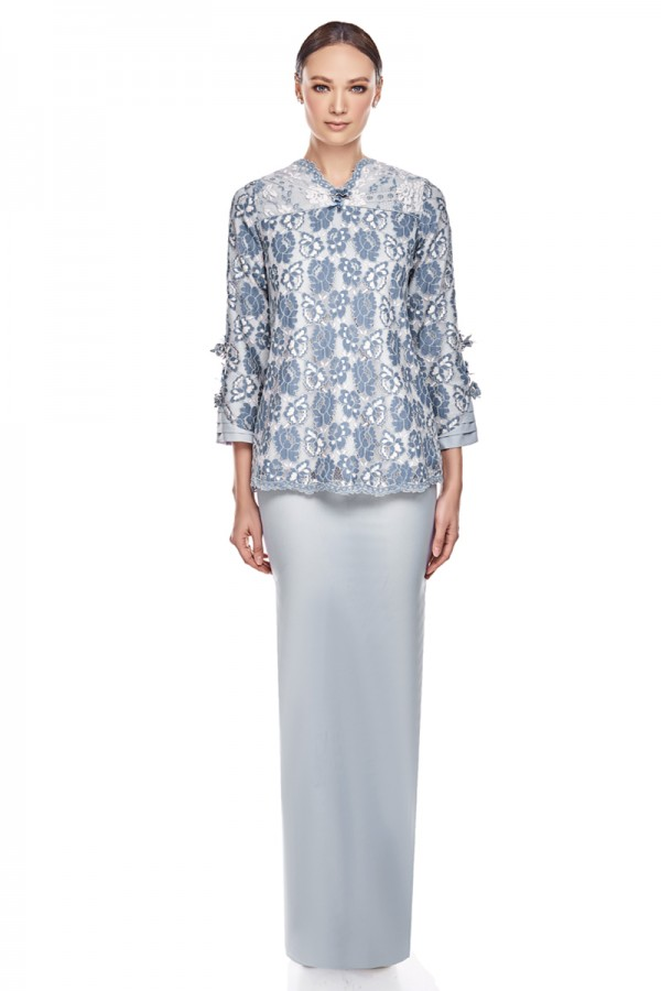 Maeko Kurung in Dusty Blue