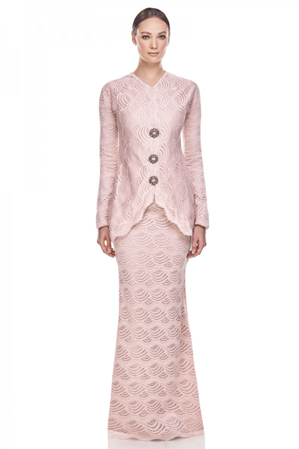 Naija Kurung in Soft Pink